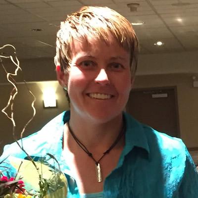 Jakki Van Hemert (L) of Trail, B.C. received a 2015 Influential Women in Business (West Kootenay) Award from Kootenay Business magazine.