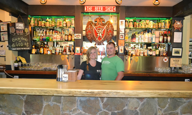 Craft beer and smokin 39 good food in castlegar kootenay for Food bar hadfield