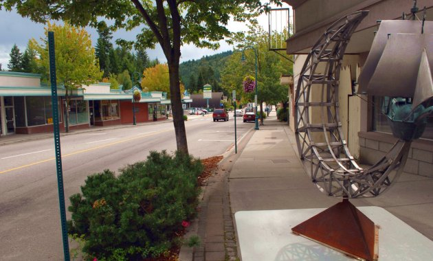 Castlegar is attractively situated on the banks of the Columbia River.