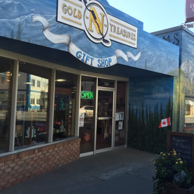 Street view of Gold-N-Treasures in Creston, BC.