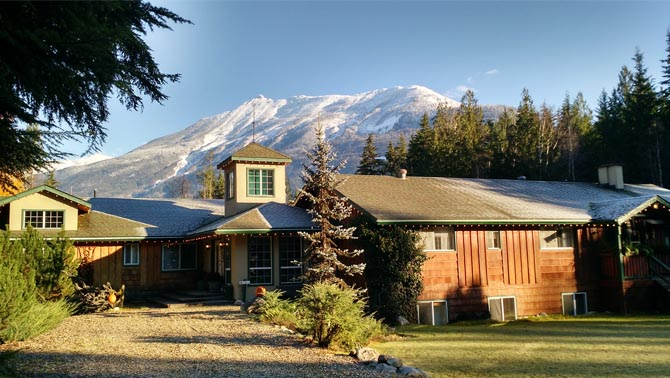 The lodge at Mulvehill Creek Eco-Retreat is located at the base of Mount Begbie.