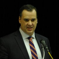 Minister of Industry James Moore speaking at Cranbrook Chamber luncheon.  Robert Hawkins photo