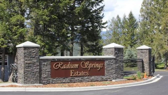Radium Springs Estate, Radium Hot Springs.