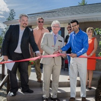 Cranbrook mayor Wayne Stetski joins Westpoint Capital CEO Munir Virani at the recent ribbon cutting celebrating the Launch 50 program.