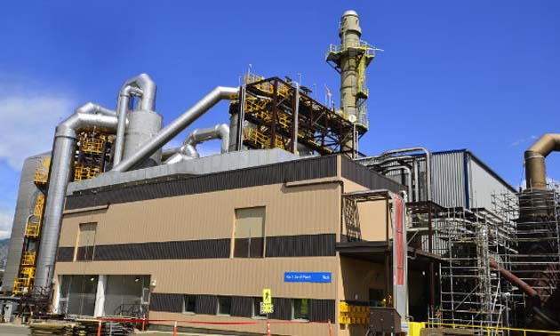 A previously completed acid plant that Teck installed in 2014.