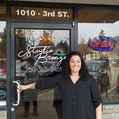 Nikki Luxton, owner of Studio Bronze, standing in front of her store.