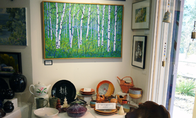 Kootenay Gallery of Art's gift shop sells handmade pottery, art, woodwork, books and jewelery by Kootenay artisans.