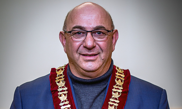 Bruno Tassone, mayor of Castlegar, wears the official chain of office