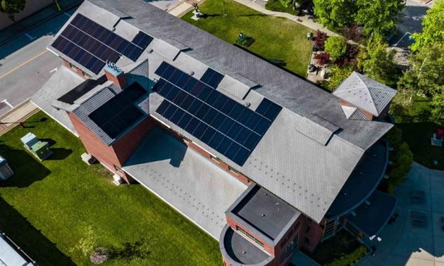 A solar array installed on the rooftop of Castlegar City Hall.