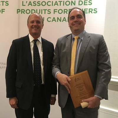 David Gandossi (left), president and CEO of Mercer International Inc., and Brian Merwin , vice-president of corporate development at Mercer International Inc.at the Forest Products Association of Canada awards ceremony (May 9, 2019, Vancouver, B.C.)
