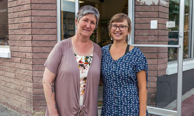 Alicia and Nicola Herman stand in front of their storefront, Grow Tea & Elixir Corner in Kimberley, B.C.
