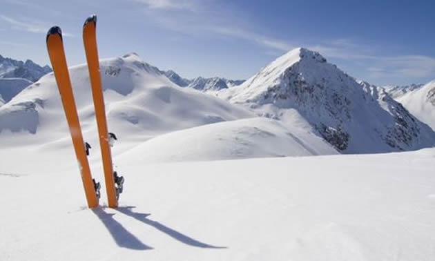 Photo skis stuck in snow