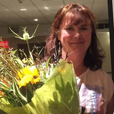 Judy Goodman (L), a 2015 winner of an Influential Women in Business Award, with Kyla MacNeil of Kootenay Business magazine