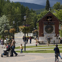 Pedestrian mall featuring a giant cuckoo clock in Kimberley, B.C.