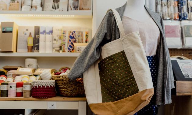 Display of sewn items, yarn.
