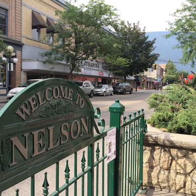 Picture of 'Welcome to Nelson' sign in Nelson, BC.