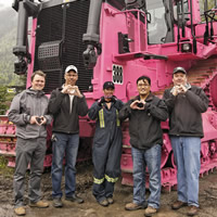 (L to R): Tom Tobin, Branch Manager-Finning; Clayton Podrasky, Superintendent Mine Operations–Teck EVO; Tracey Valin, equipment operator–Teck EVO; Ernie Canlas, Acting General Manager–Teck EVO; and Bob Arnott, Account Manager-Finning