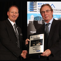 VVI Project Manager Bruce Walker receives award from SICA