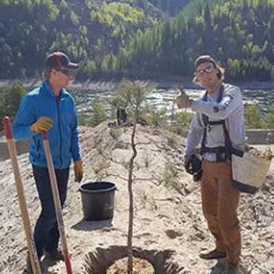 Students in the Selkirk College Integrated Environmental Planning and Forestry Programs restore reptile habitat at the Silver City Trap Club.