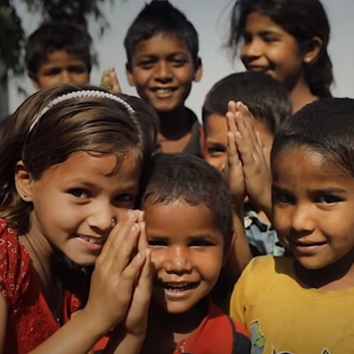 Group of smiling children in India.