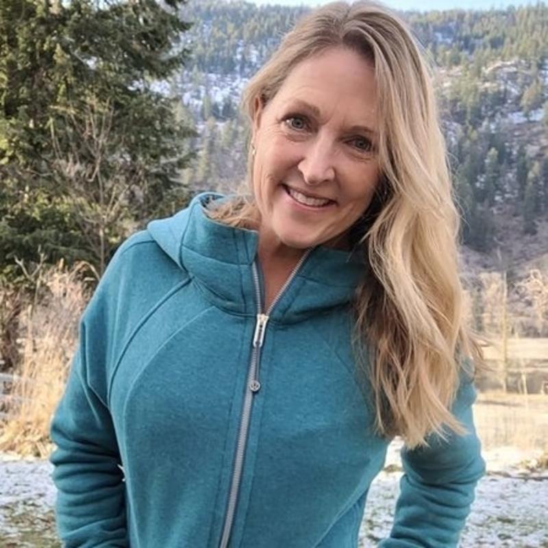 Corinne Olsen