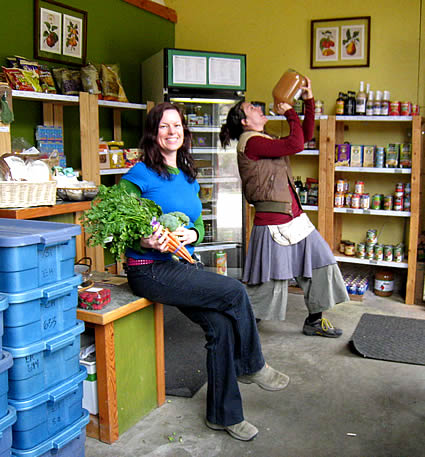 Velvet Kavanagh (L) and colleague Fawn Meichel (R) in their store