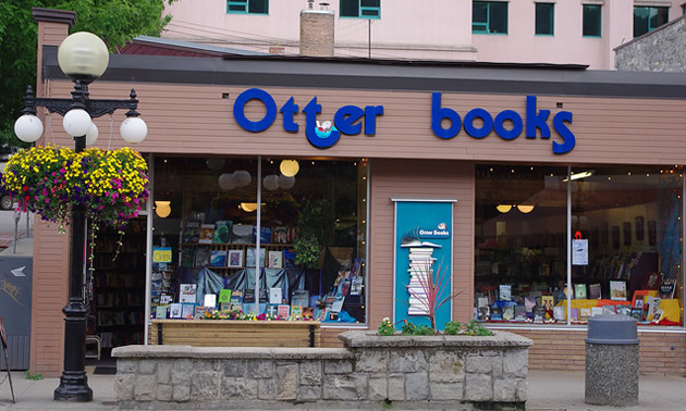 The storefront of Otter Books in Nelson, B.C.