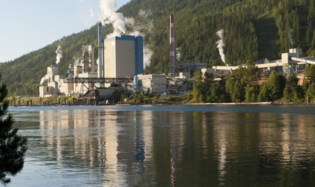 The Zellstoff Celgar pulp mill in Castlegar, B.C.