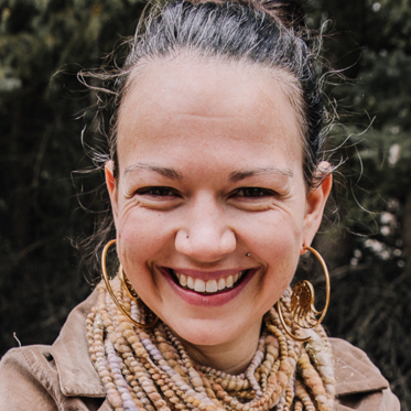 Sarah Elizabeth Grimwood headshot