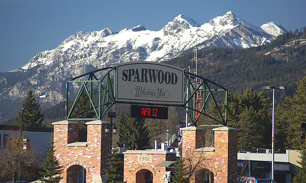 sign at the entrance to Sparwood