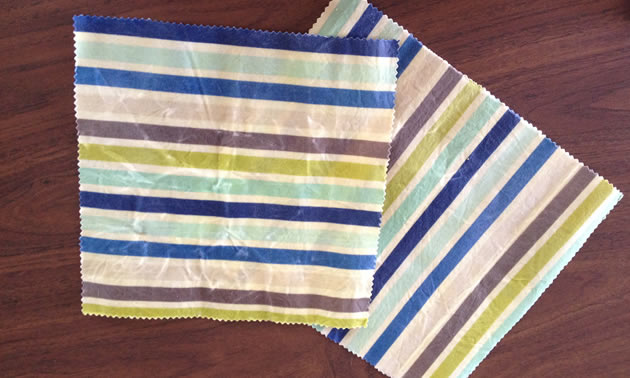 These Little Lunches Reusable Wraps are made from a geometric fabric of multi-coloured stripes, which adults might prefer.